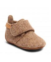 Camel wool slippers