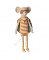 Medium superhero mouse - girl