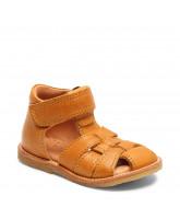 Sandals closed toe birke